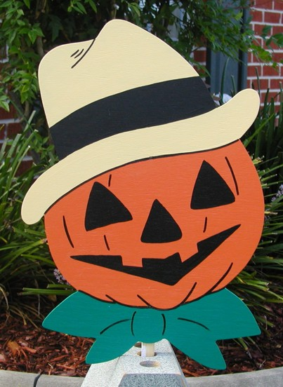 Jack-O-Lantern with Straw Hat Lawn Sign